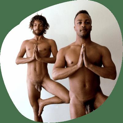 Yoga nudi coppia